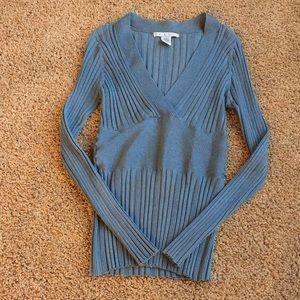 Cabi V Neck Sweater - Size Medium Style 721